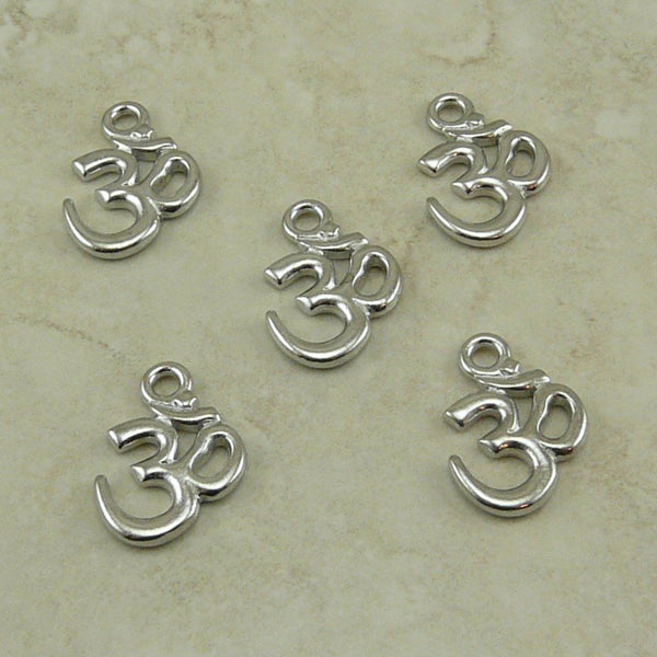 Om Charm - Qty 5 Charms - TierraCast Rhodium Plated Lead Free Pewter