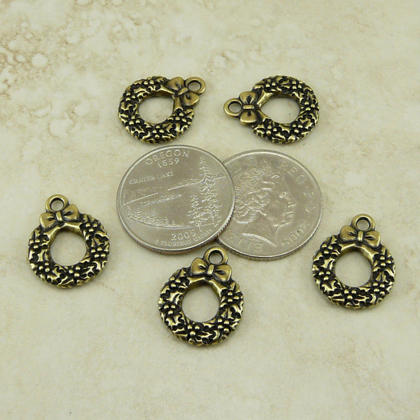 Christmas Wreath Charm - Qty 5 Charms - TierraCast Brass Ox Plated Lead Free Pewter DC