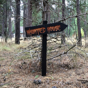 Haunted House Halloween Lawn Ornament Sign -  Cedar Wood Holiday Decor
