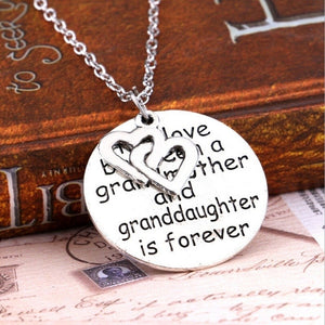 Retro Circular Carving Alphabet Lettering Silver Necklace Grandmother and Granddaughter Pendant Chain Necklace Jewelry