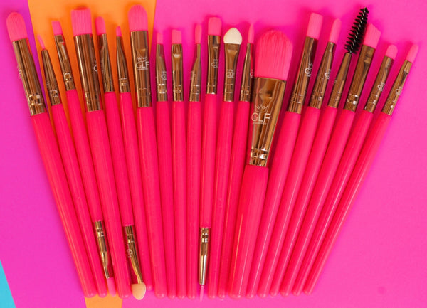 Neon Pink Detail Brush Set