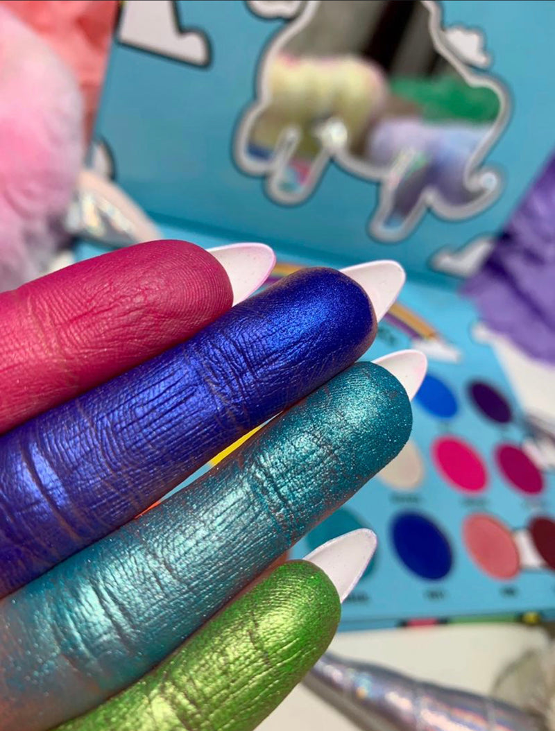 (GLF COSMETICS  X  JDEZTV)Unicorn Party Palette