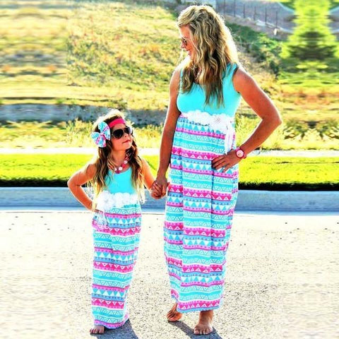 Hot Fashion Of Dresses For Mothers And Daughters - IGOGES