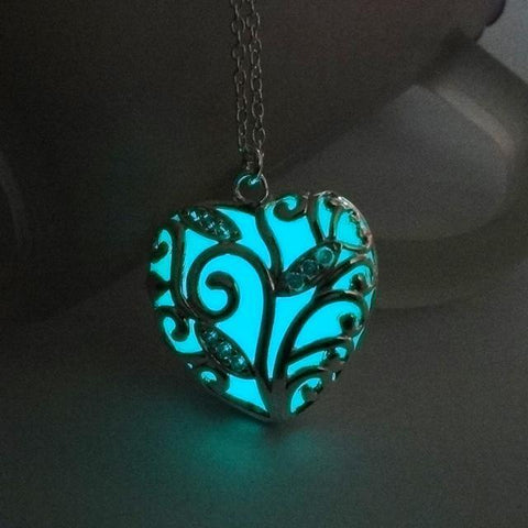 Image of Heart Love Luminous Pendants & Necklaces - IGOGES