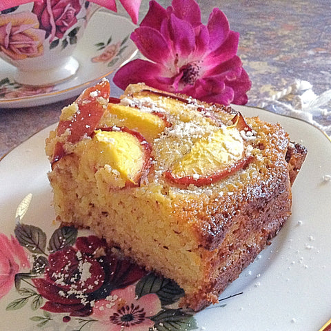 this cake is best served warm, and eaten on the day its baked as the polenta can dry a little around the edges