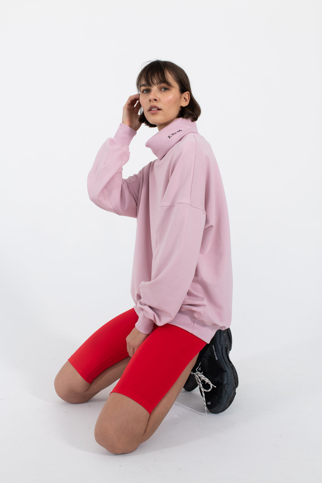 zvizda-le-slap-statementfashion-turtleneck-sweater