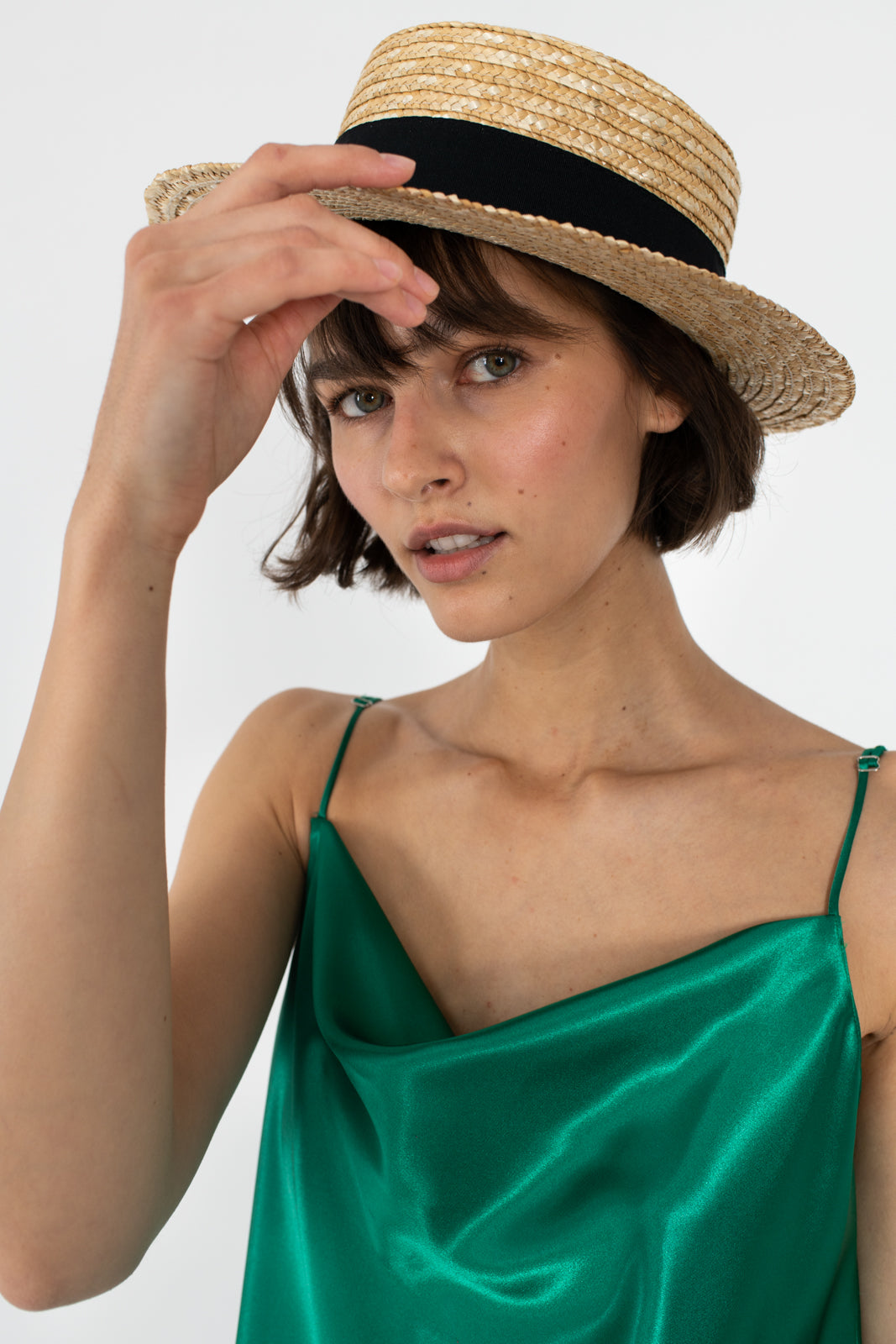 le-slap-statement-fashion-natural-straw-hat-make-up-summer-inspo