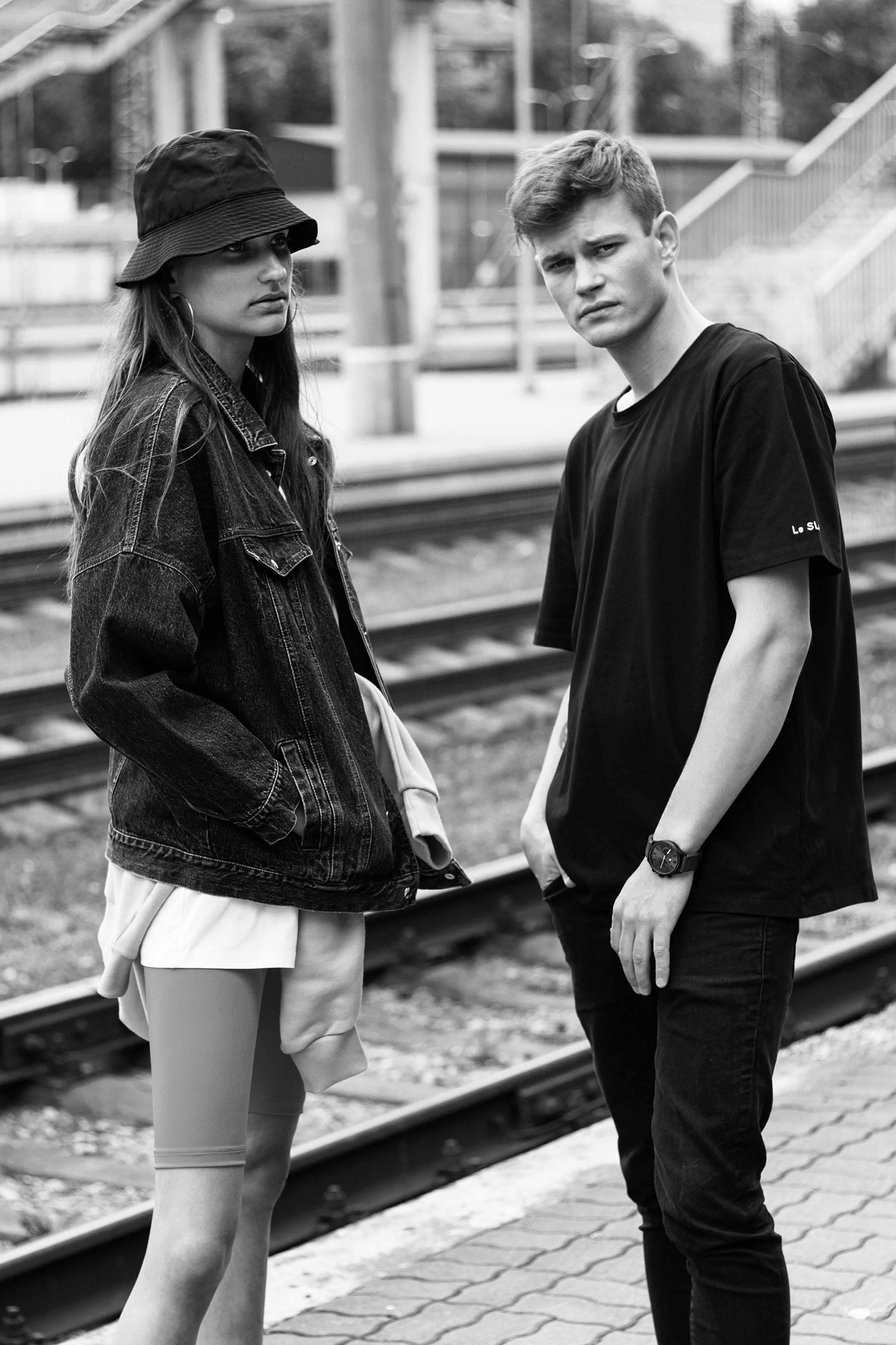 le-slap-couple-photoshoot-biker-shorts-genes2-denim-jacket-logo-tshirt.jpg