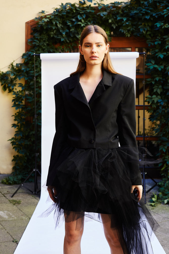 Le SLAP, Le SLAP clothing, Le SLAP brand, black outfit, women empowerment trends, tulle skirt, occasion wear, Le SLAP jacket, Le SLAP skirt