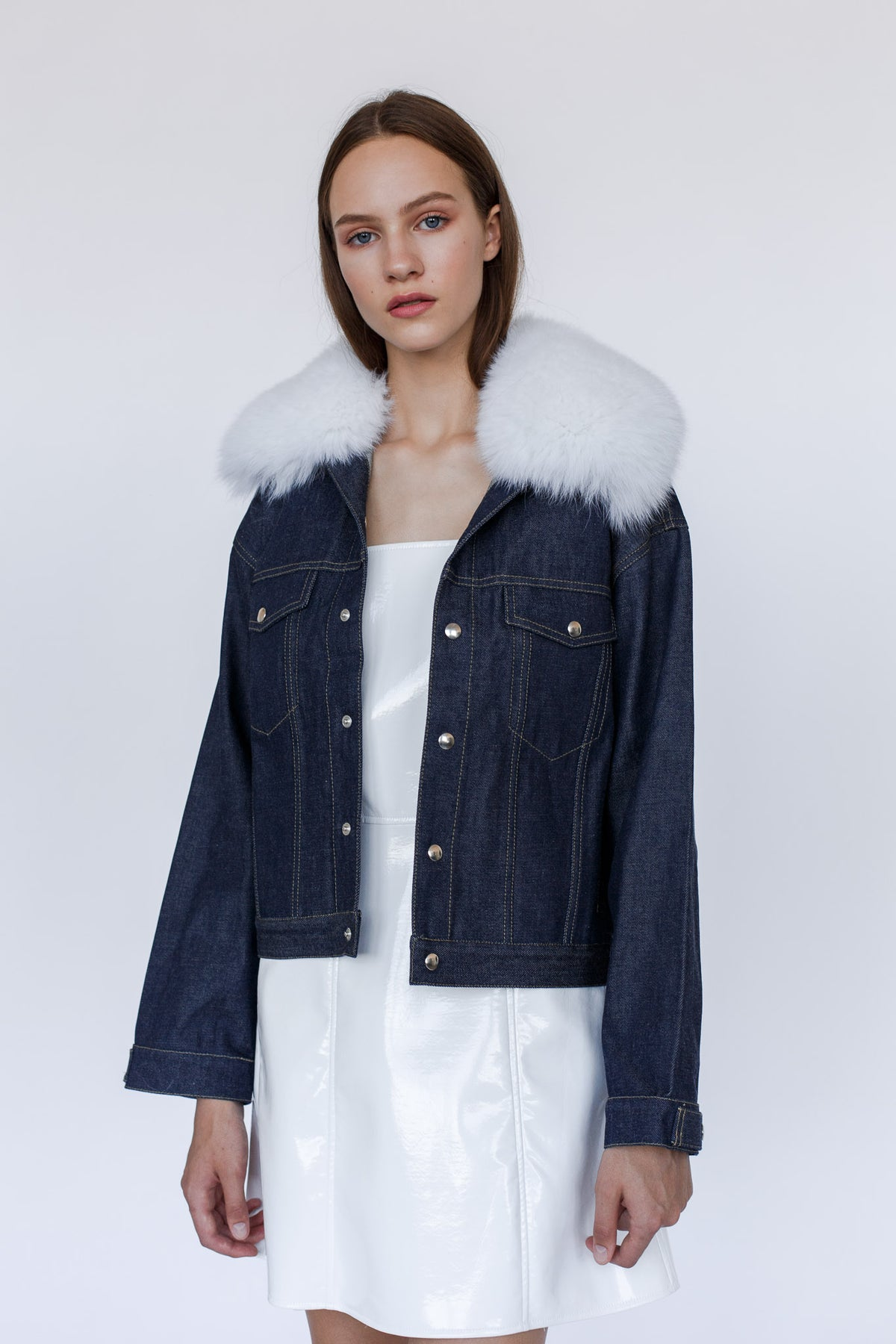 GENES | Blue denim jacket with attachable white fox fur collar