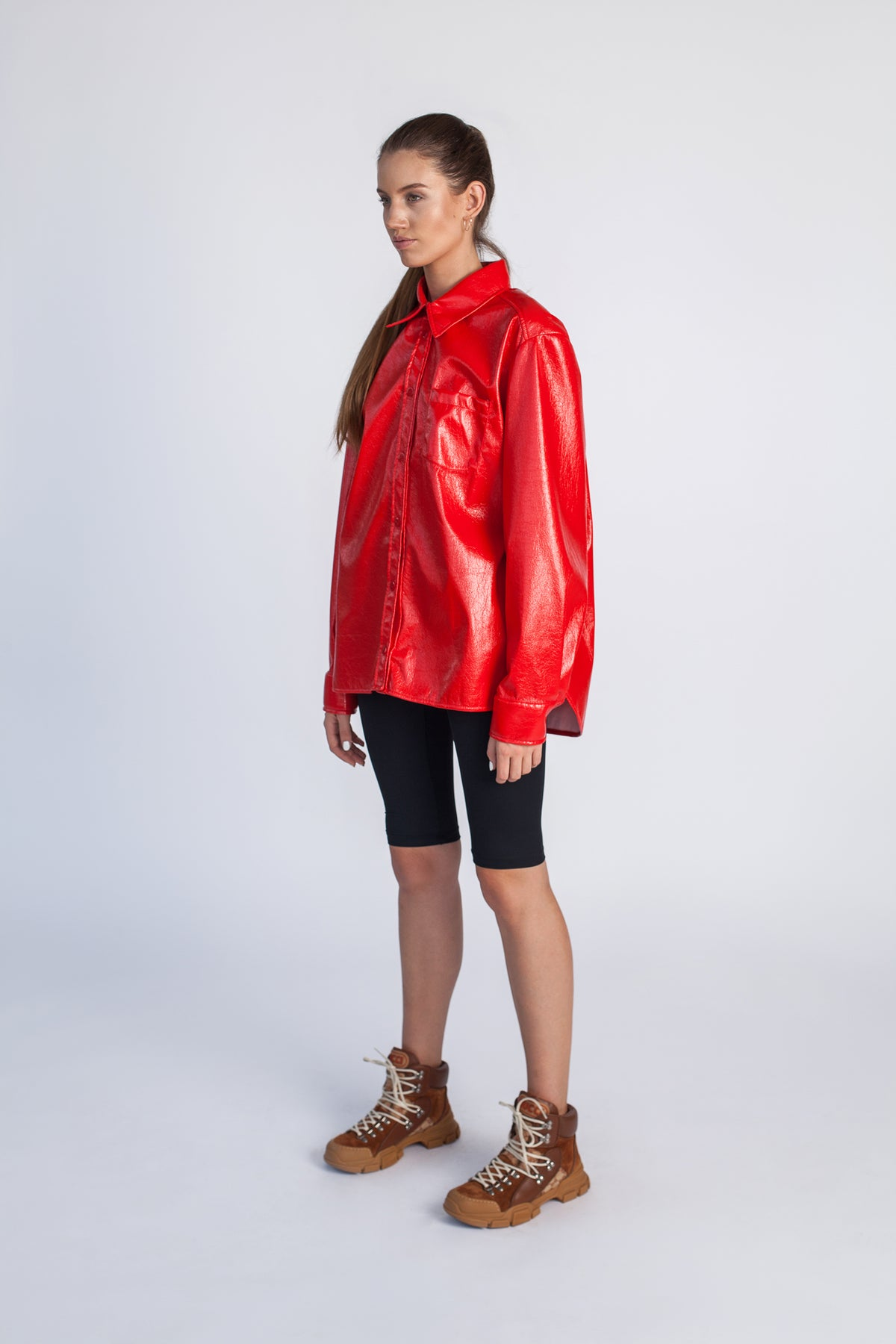 oversize-red-vinyl-latex-shirt-fire-clothing-le-slap.jpg