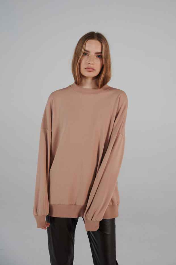 le-slap-lifetime-line-sweater-boxy-shape-nude-logo-on-the-back.jpg
