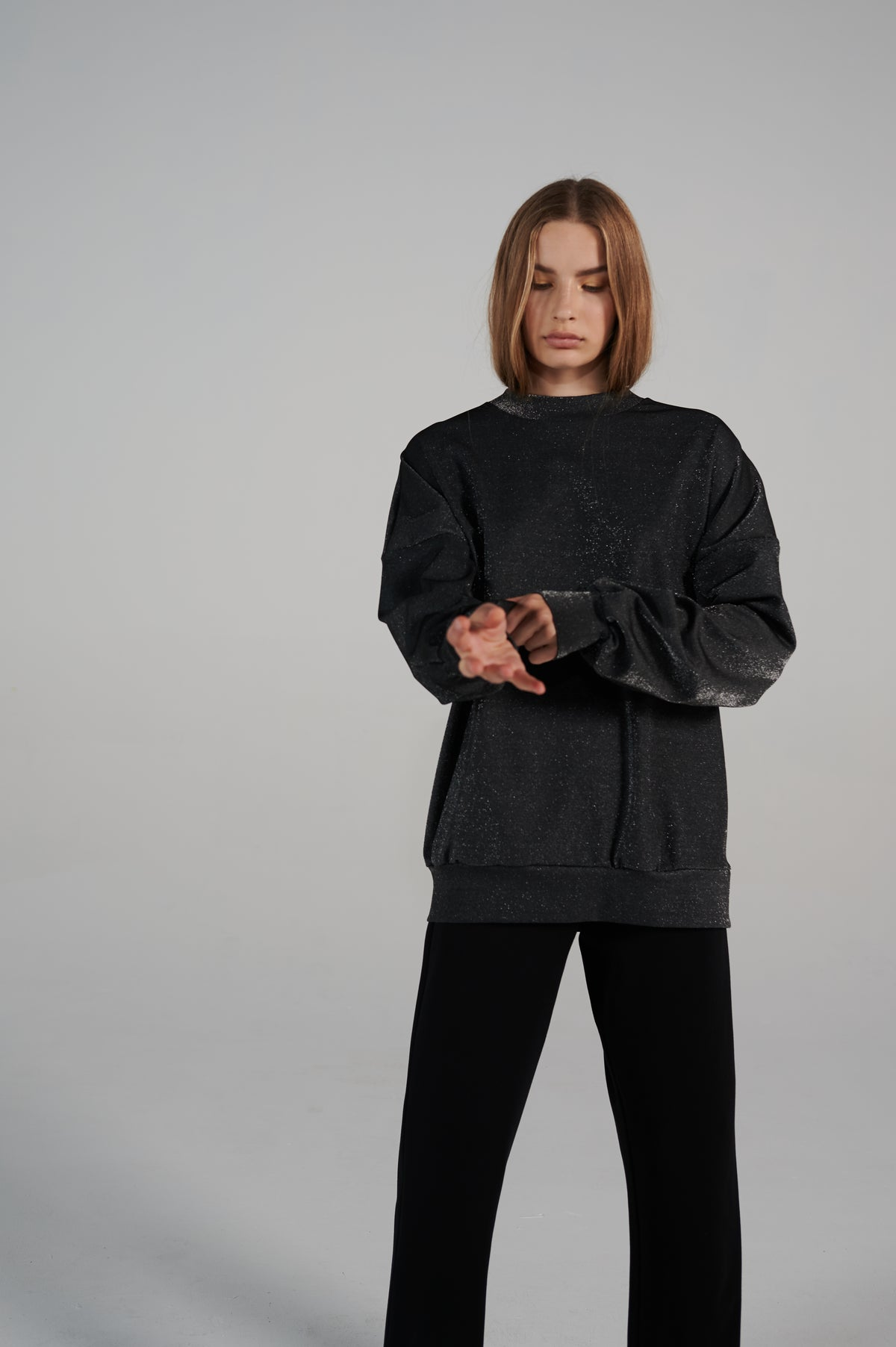 sparkle-oversize-sweater-metallic-fabric-boxy-shape-long-sleeves.jpg