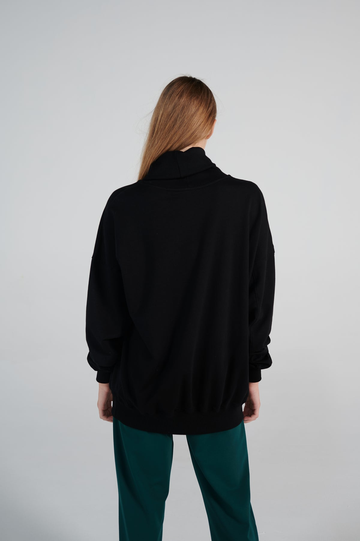long-sleeves-unisex-turtleneck-sweater-dropped-shoulder-line-lookbook.jpg