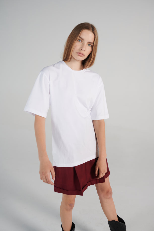 le-slap-liftime-line-white-loose-fit-tshirt-with-logo-lookbook.jpg