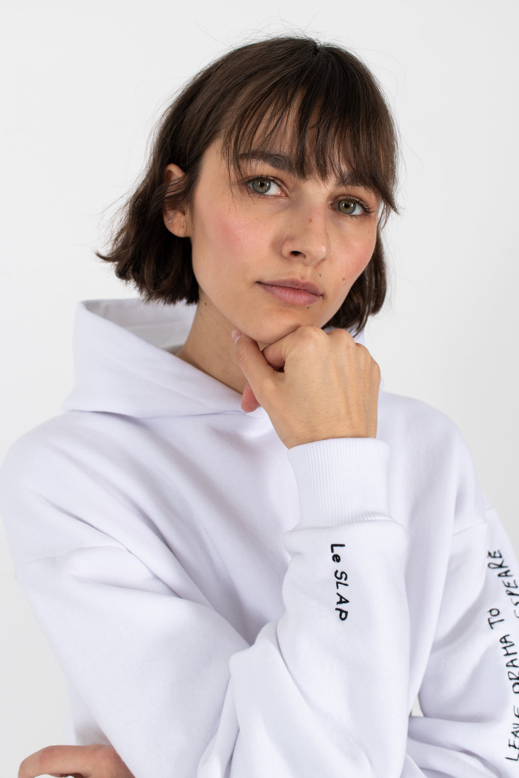 SHAKESPEARE-White-oversize-hoodie-leave-drama-to-shakespeare-le-slap-clothing-comfy.jpg