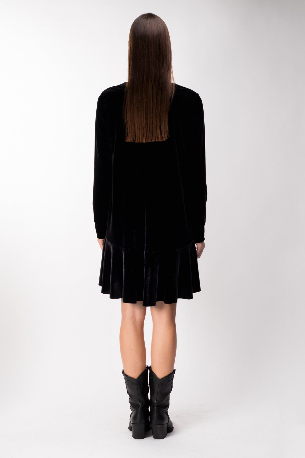 YEAR-ROUND-little-Black-velvet-dress-le-slap-clothing-v-neck.jpg