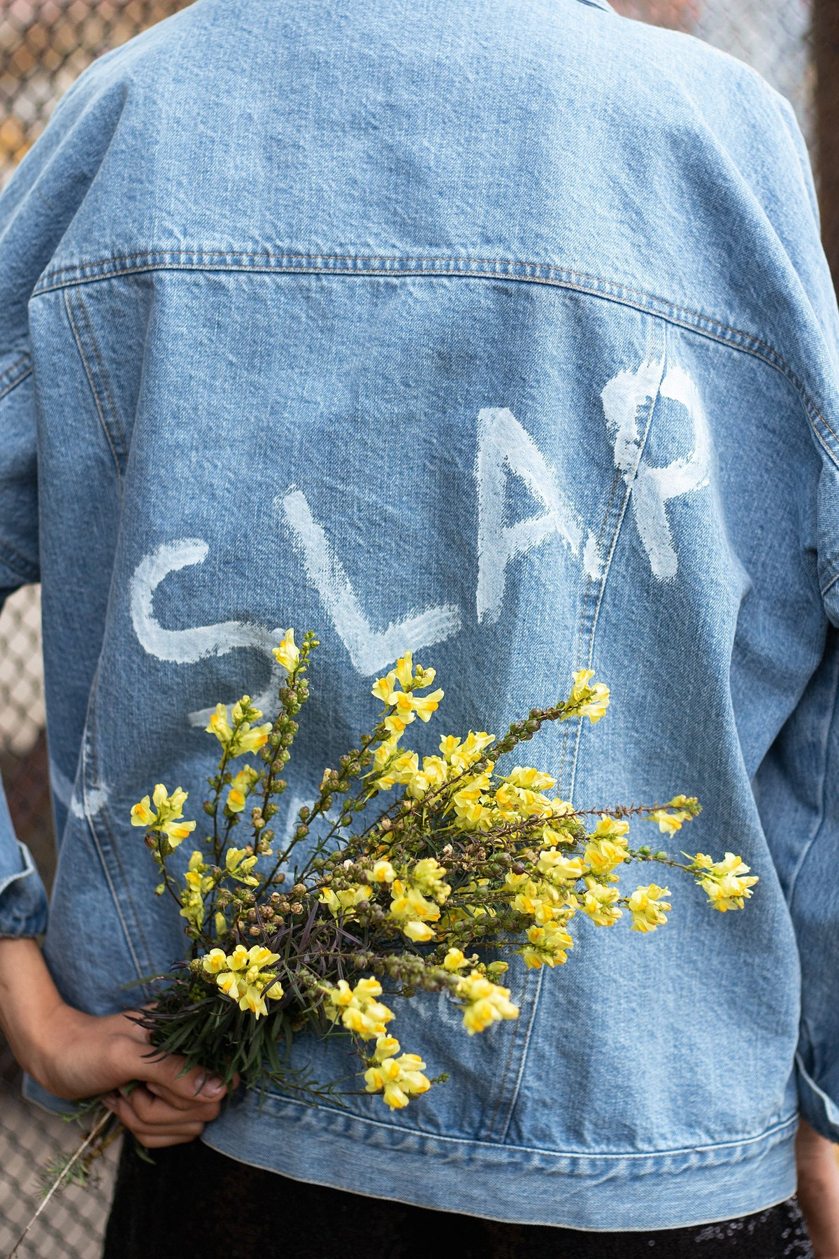 GENES 2 | Light denim jacket with wording