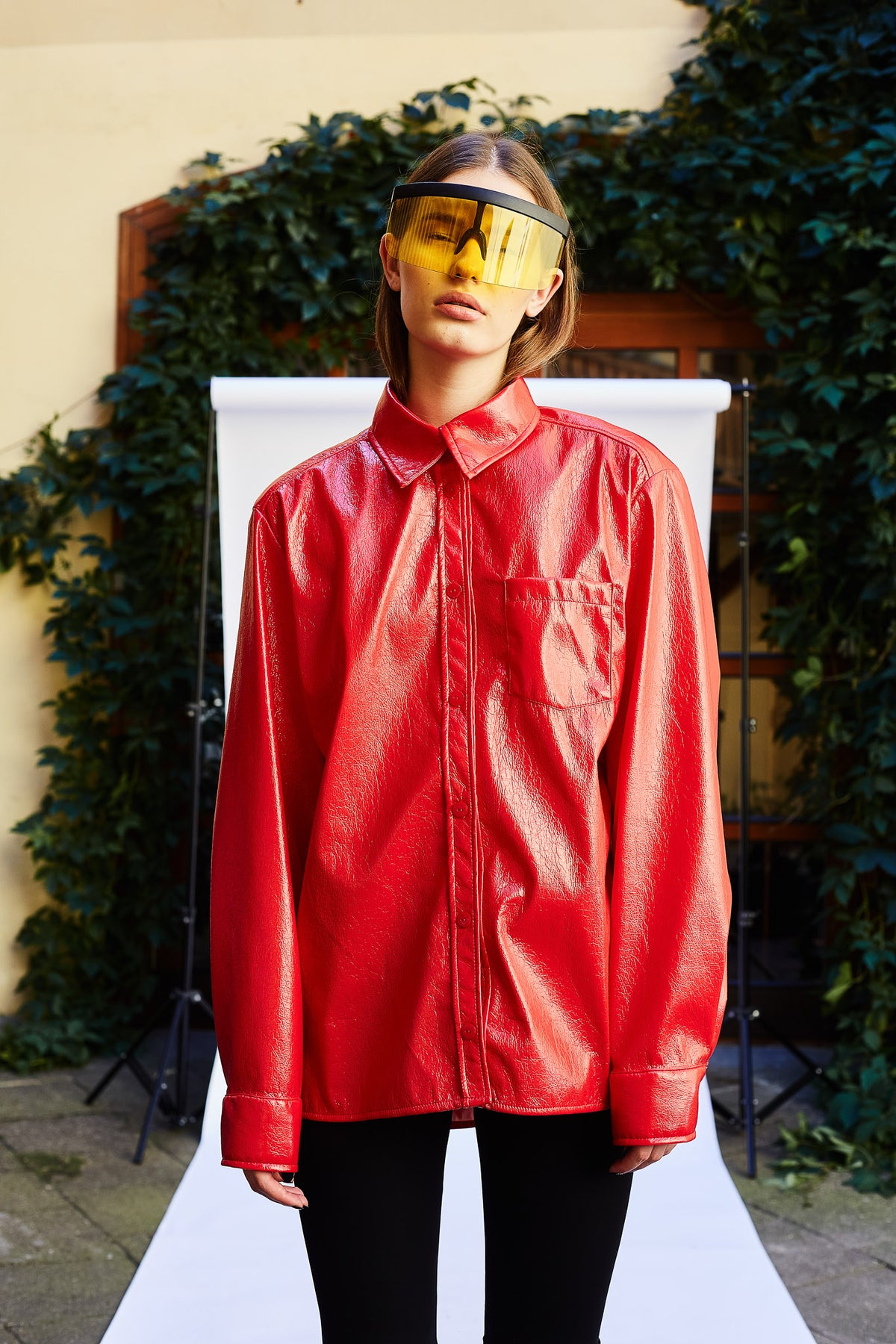 oversize-red-vinyl-latex-shirt-fire-clothing-le-slap-lookbook.jpg