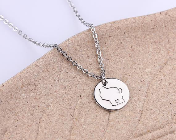 Initial disc necklace, Rose Gold Disc Charm, silver state jewelry Wisconsin pendant charm, Tiny Wisconsin necklace, Valentine Day Gift