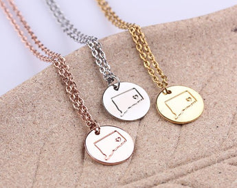 I heart Personalized Circle Necklace, Rose Gold Disc Pendant, Connecticut Necklace, I love Connecticut