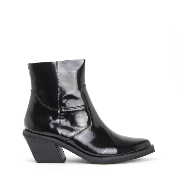 CRUSADO ANKLE BOOT