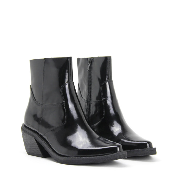 CRUSADO Ankle Western Boot Black