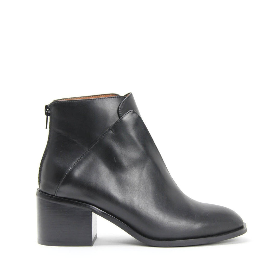 JEFFREY CAMPBELL JERMAIN. Classic Ankle Boot. Black Calf Leather. Free, Fast Shipping Australia Wide On Orders Over $150.