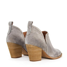 JEFFREY CAMPBELL Rosalee. Ankle Bootie. Taupe Oiled Suede. Designed In California. Buy Now Afterpay & zipPay Available. Free & Fast Shipping AU.