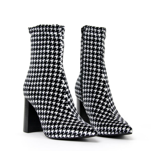 JEFFREY CAMPBELL Siren High Heel Point Ankle Boot Houndstooth.