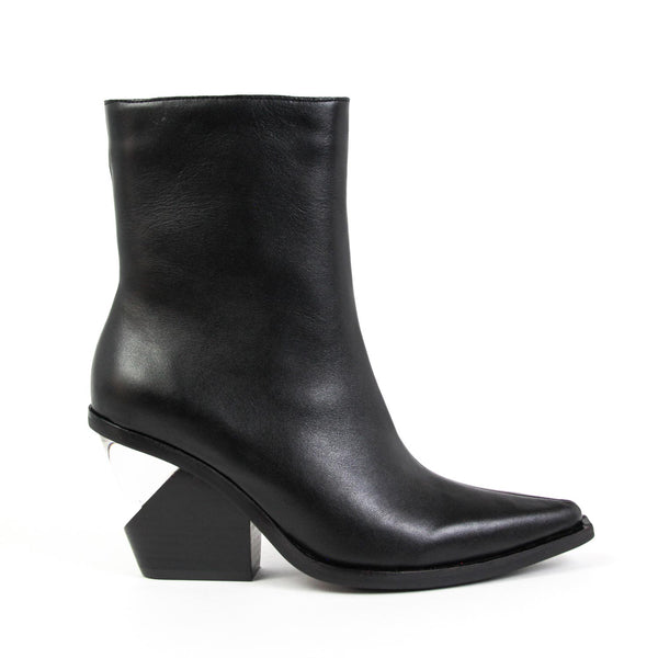 WALTON-3 Notched Heel Western Boot Black Leather
