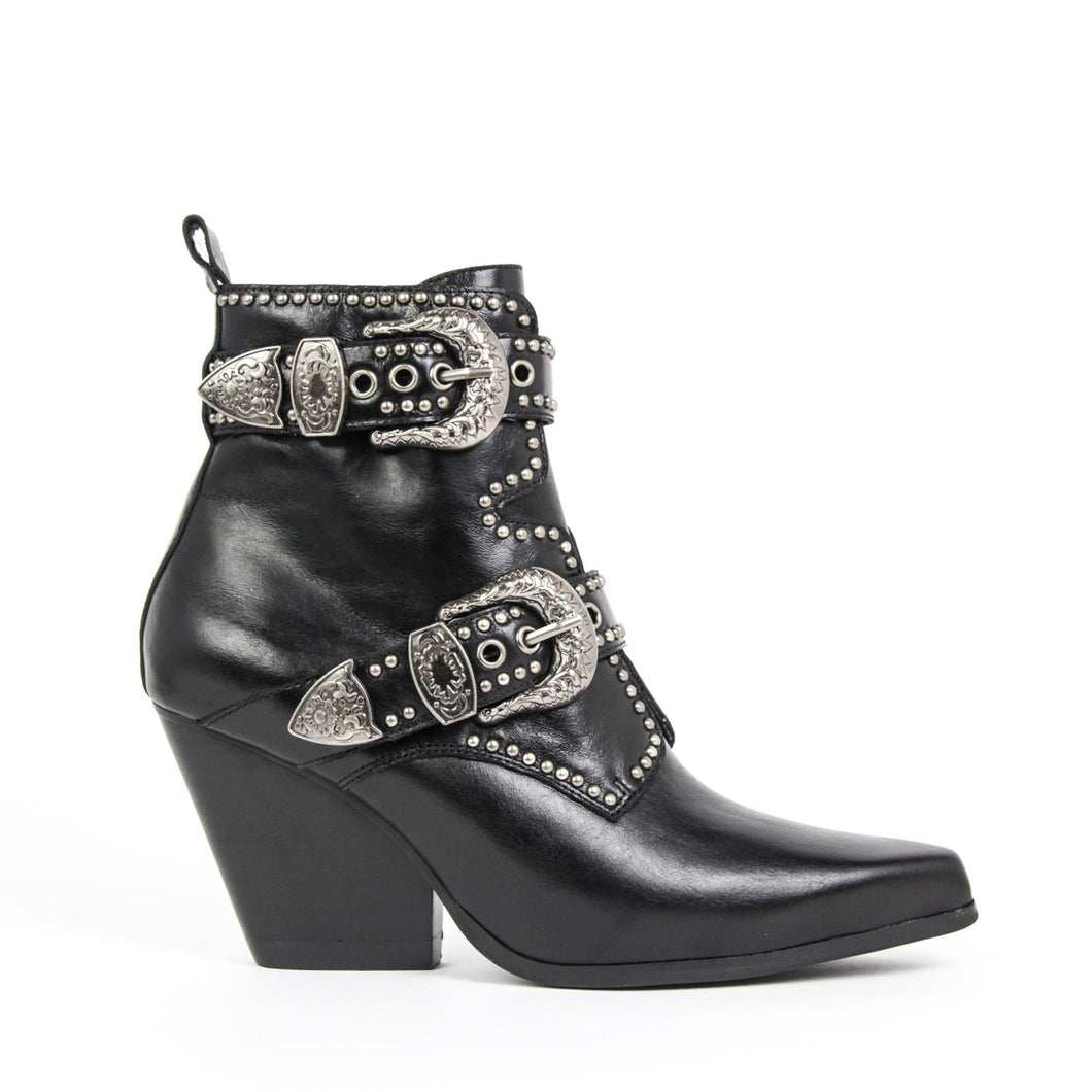 The Jeffrey Campbell Welton-Bkl western boot is crafted in black calf leather with gun metal studs and etched heritage buckles with zip closure on a rubber sole and stacked Cuban heel. Buy Now Afterpay & zipPay Available. Free & Fast Shipping AU.