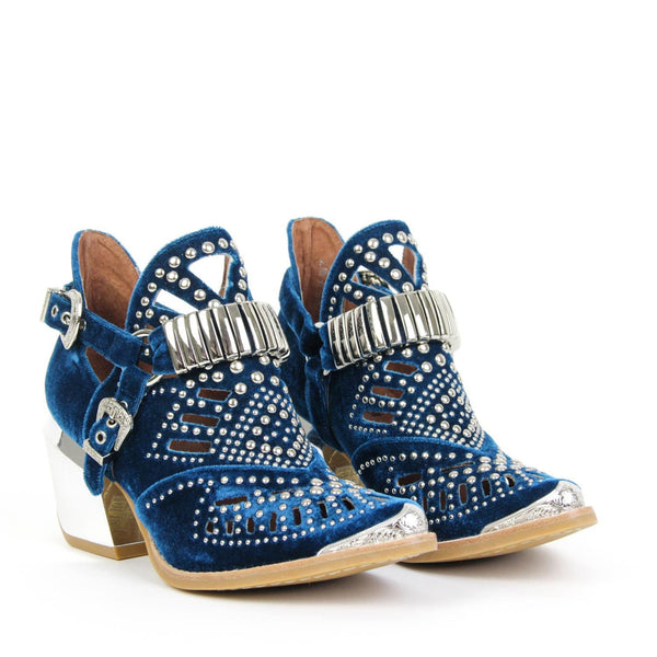 CALHOUN 4M STUDDED HARNESS BOOTIE BLUE | PRE ORDER