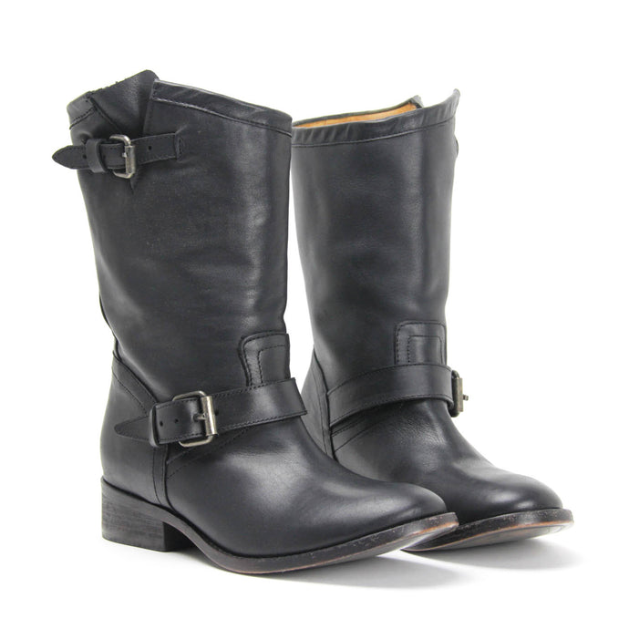 MATISSE EASY RIDER BIKER BOOT. Bronze Buckle Detail. Round Toe. Leather Upper. Full Leather Lining. Stitched Leather Sole. Stacked Leather Heel. Made In Mexico.