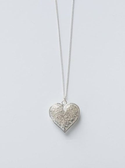 Stilen Filigree Heart Necklace