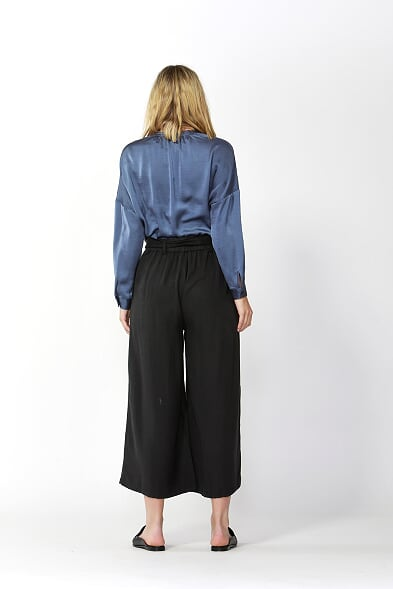 Fate and Becker San Marino Cropped Pants