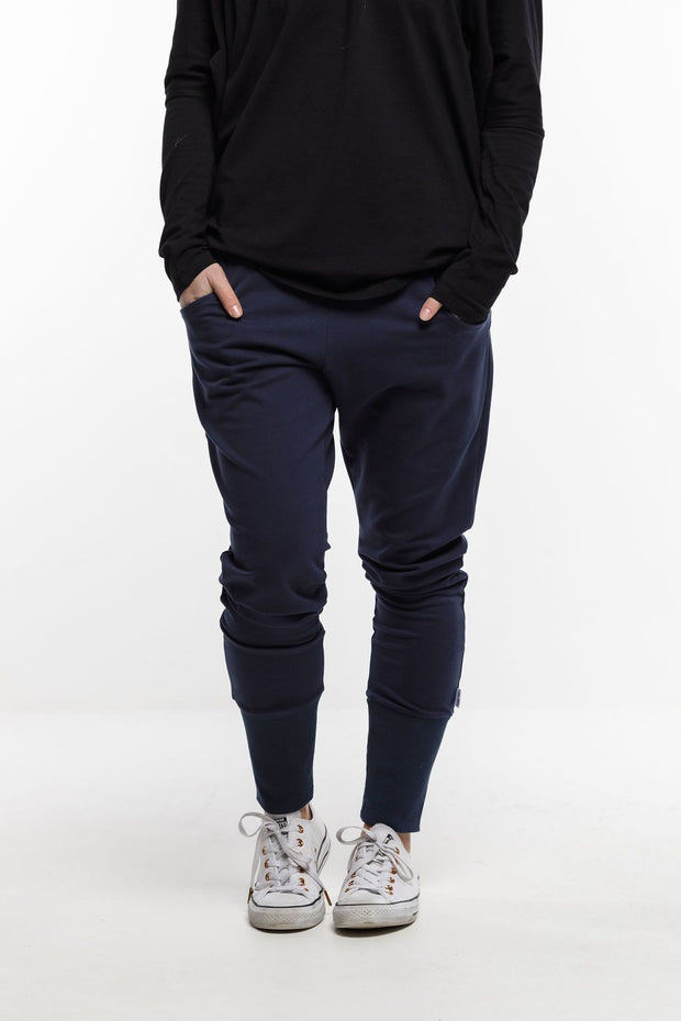 APARTMENT PANTS - WINTER - Navy with X Outline Print