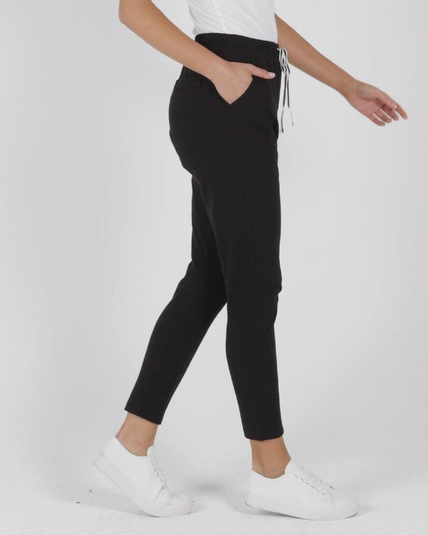 Betty Basics Jade Pant in Black