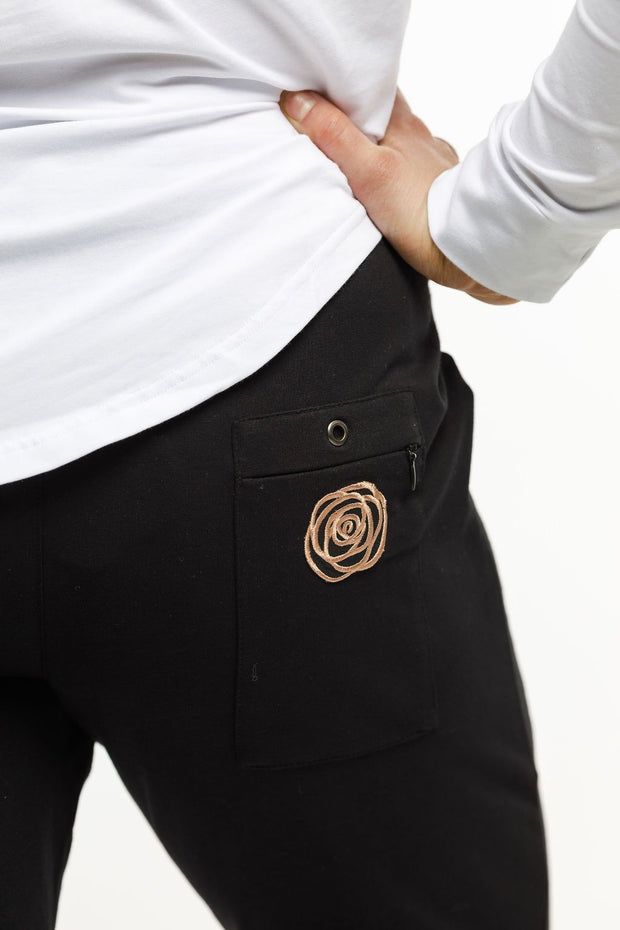 Rose Road Unwinders Winter Weight Black with Rose Gold Patch Logo 101p