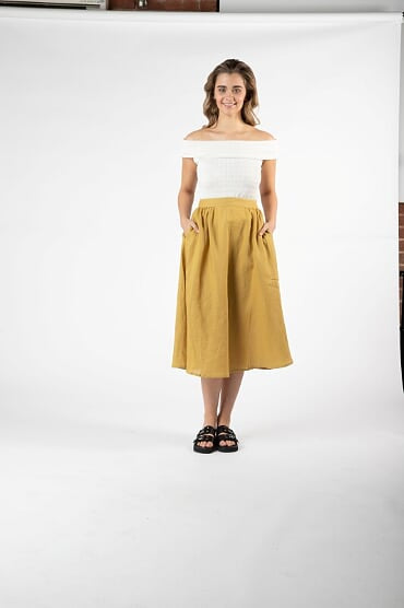 Sass Kindle Skirt in Olive