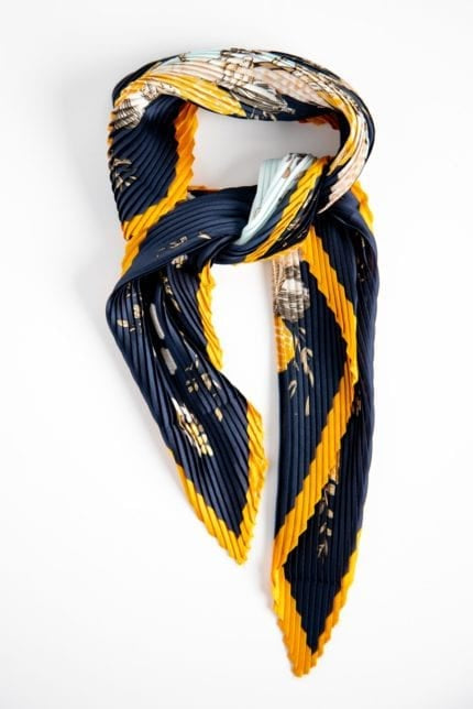 Stilen Summer Pleat Scarf Blue