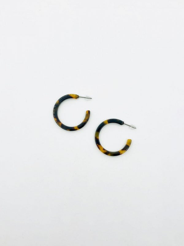 Some Small Dark Tortoise Hoop Earrings 903a