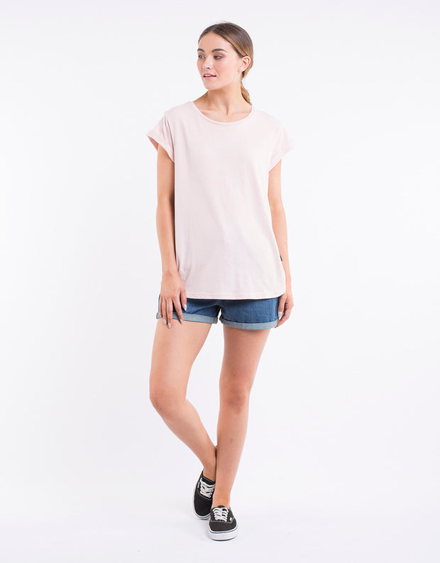 Silent Theory Lucy Tee in Pink