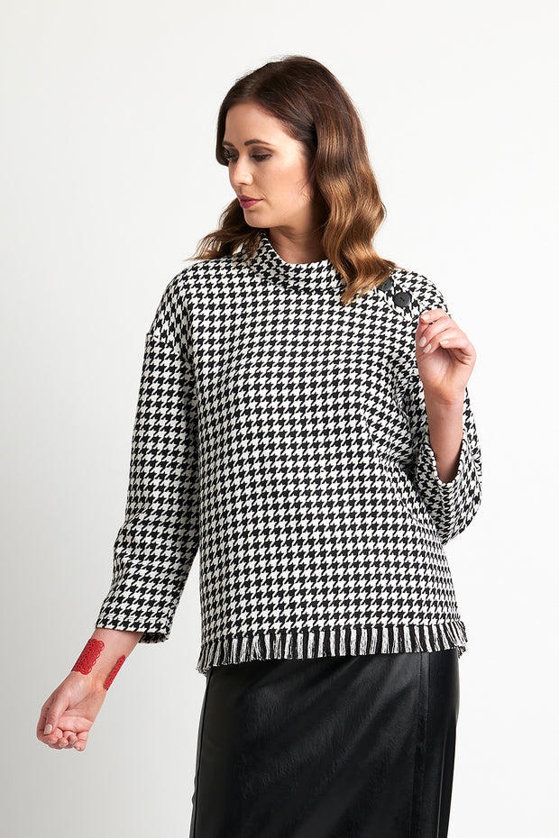 Esplanade Button Neck Houndstooth Pullover TP11119