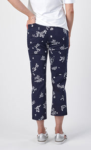 Vassalli Printed Slim Leg 7/8 Length Lightweight Pull On Pants Lottie 274LW