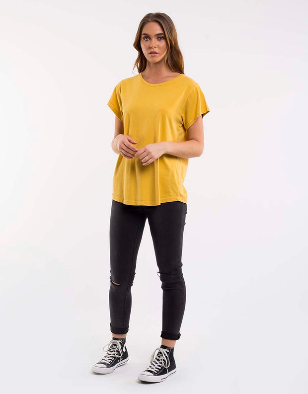 Silent Theory Lucy Tee in Mustard