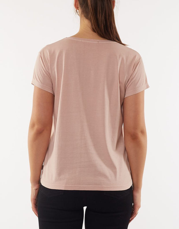 Silent Theory Polly Tee in Musk