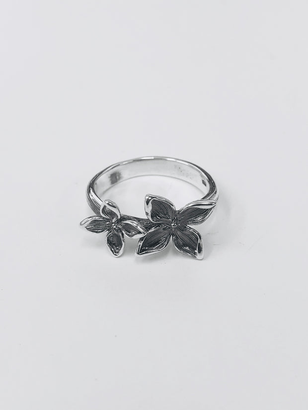 Some Sterling Silver Double Tapa Flower Ring 146