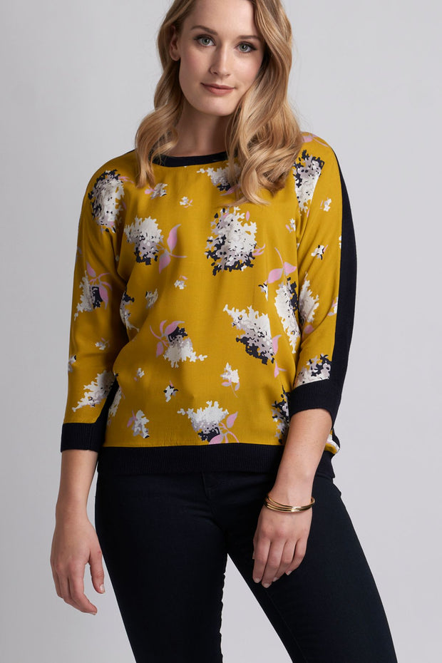Memo Woven Front Top in Bright Floral / Midnight TP10361