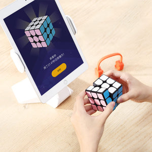 World's First Smart Rubik's Cube